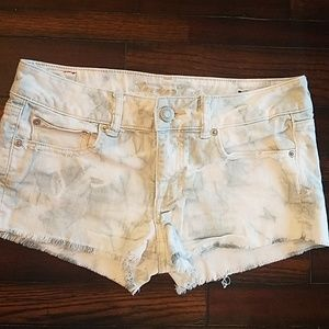 EUC American Eagle Outfitters bleached shorts